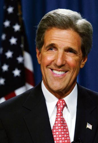 ジョン・ケリー(John Kerry)氏 元アメリカ民主党の大統領候補者... ボストン:国会議